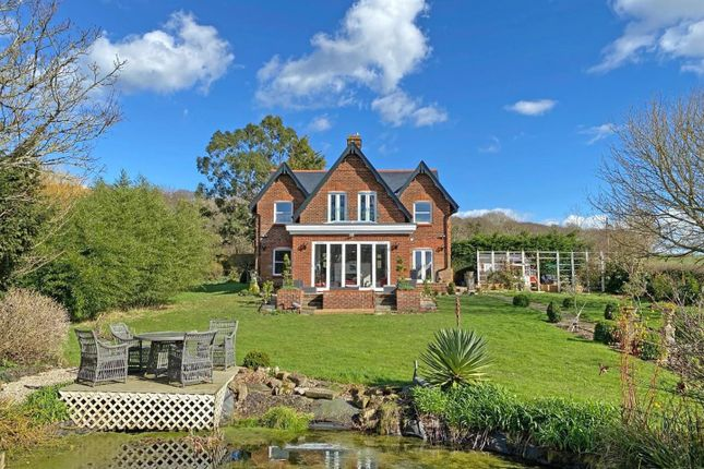 Thumbnail Detached house for sale in Whippingham Road, Whippingham, East Cowes