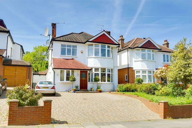 Thumbnail Detached house for sale in Grove Avenue, Muswell Hill, London