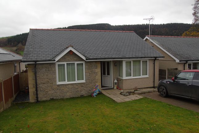 Thumbnail Bungalow for sale in Rhos Helyg, Llandrillo