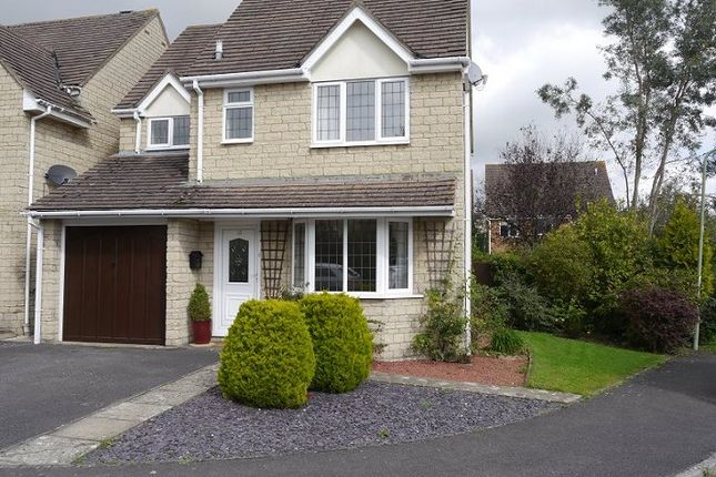 Thumbnail Detached house to rent in Chedworth Drive, Witney, Oxfordshire