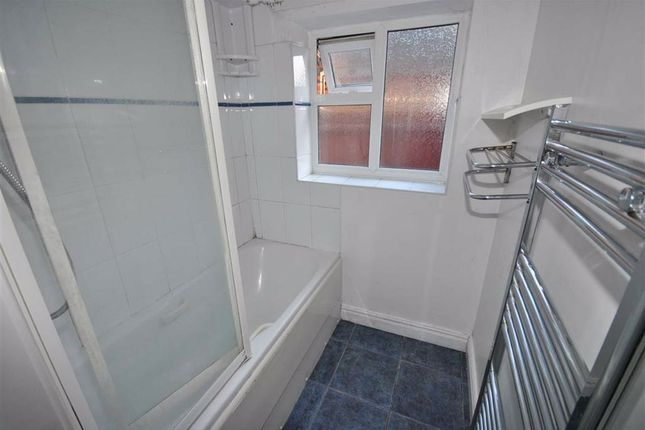 Bathroom of Althorp Road, Northampton NN5