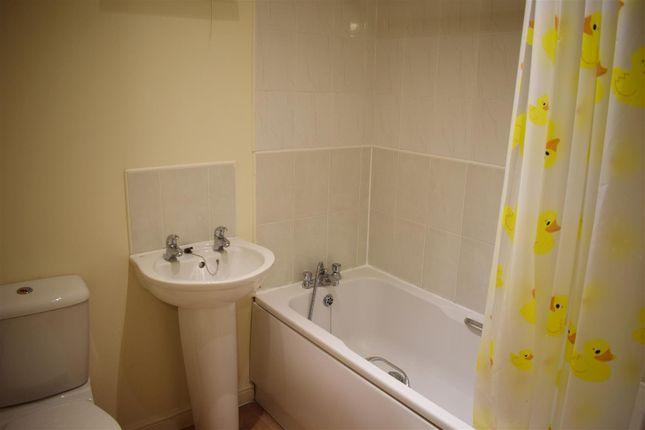 Main Bathroom of Beckhampton Close, Grove Village, Manchester M13
