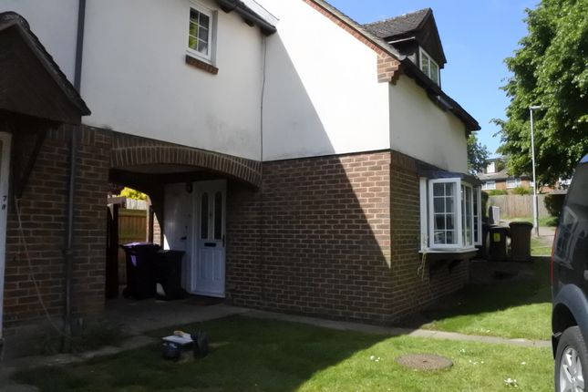 2 bed terraced house to rent in Princes Mews, Royston