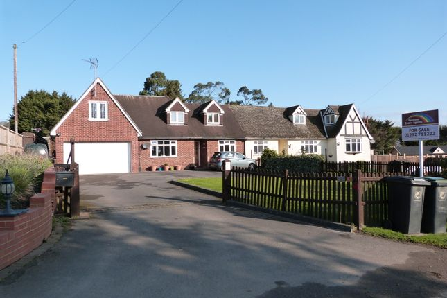 Thumbnail Property for sale in Claverhambury Road, Waltham Abbey