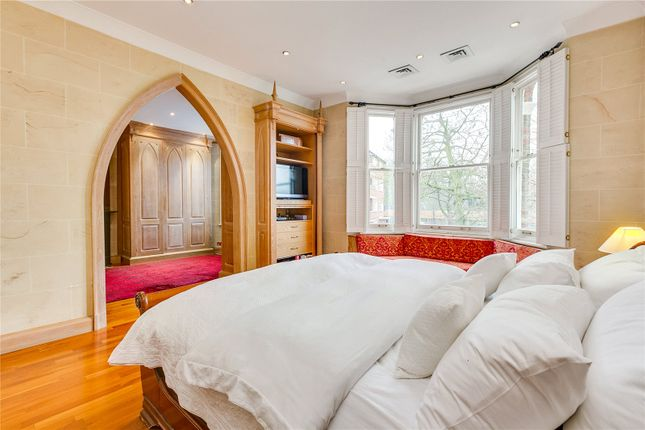 Bedroom of Fitzgerald Avenue, London SW14