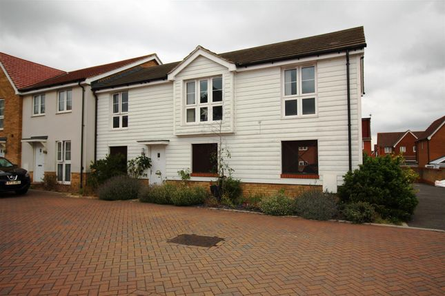 Thumbnail Flat to rent in Colemans Close, Kingsnorth, Ashford