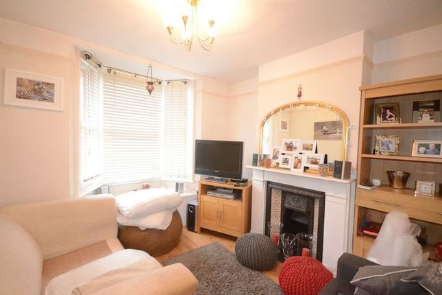 Thumbnail Terraced house to rent in Oxford Road, Windsor