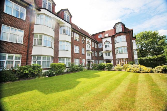 Thumbnail Flat for sale in Collingwood Court, Queens Road, Hendon