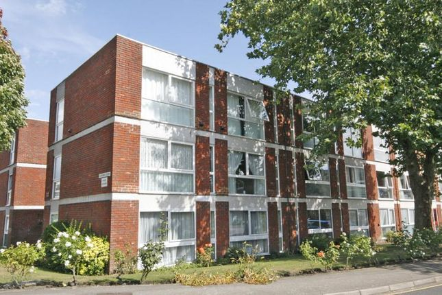 Thumbnail Flat to rent in Brantwood Gardens, West Byfleet, Surrey