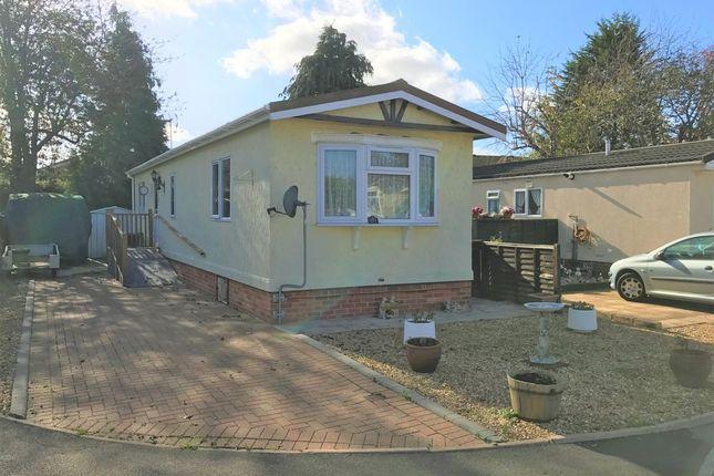 Thumbnail Mobile/park home for sale in Grange Park Mobile Homes, Shamblehurst Lane, Hedge End, Southampton