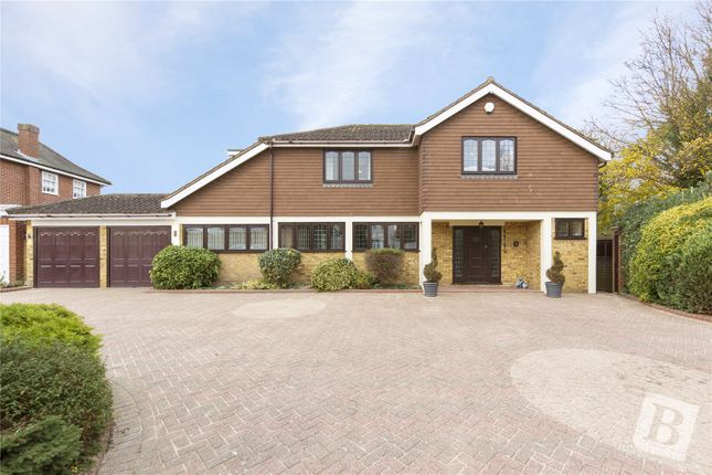Thumbnail Detached house for sale in Banyards, Emerson Park, Hornchurch