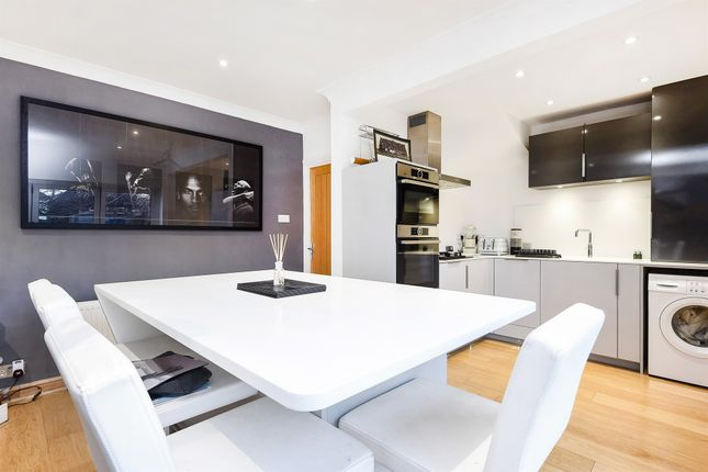 4 bed terraced house for sale in Sherwood Park Road, Mitcham
