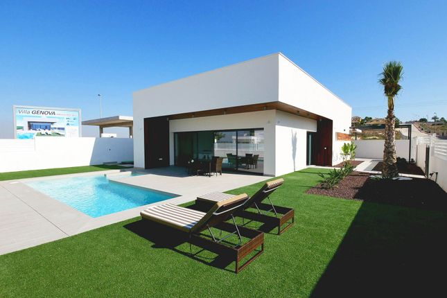 3 bed villa for sale in La Marina, La Marina, Alicante, Valencia, Spain