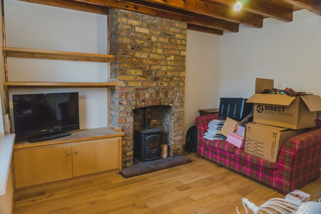 Thumbnail Terraced house to rent in Market Place, South Cave