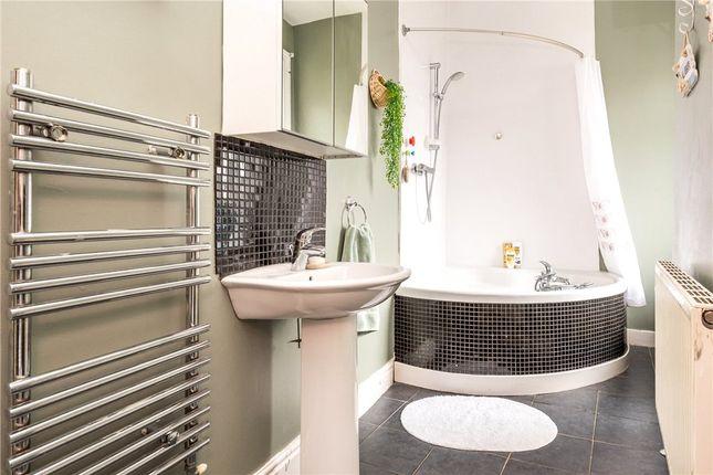 Bathroom of Stanley Terrace, Batley, West Yorkshire WF17