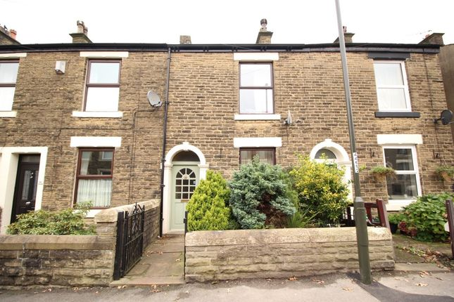 Thumbnail Property to rent in Pikes Lane, Glossop