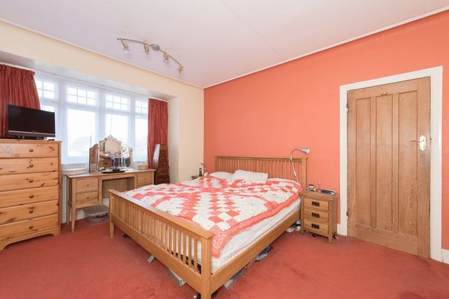 Photo 11 of Meadway, London N14