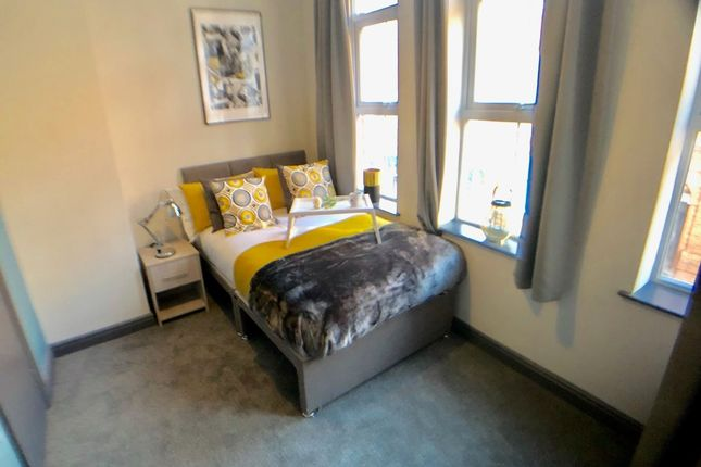 Thumbnail Shared accommodation to rent in 19 Moorgate Street, Rotherham, Rotherham