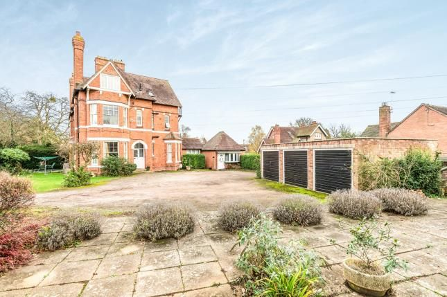 Thumbnail Flat for sale in Rowley Crescent, Stratford Upon Avon, Warwickshire