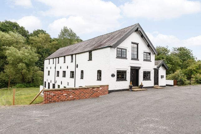 Thumbnail Detached house for sale in Coalpit Lane, Middlewich, Cheshire