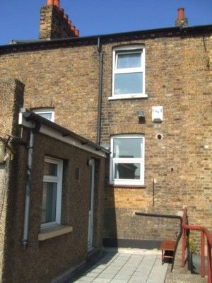 Thumbnail Flat to rent in Windmill Street, Gravesend