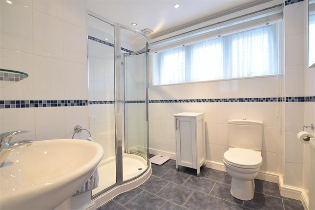 Shower Room of Brentwood Crescent, Brighton, East Sussex BN1
