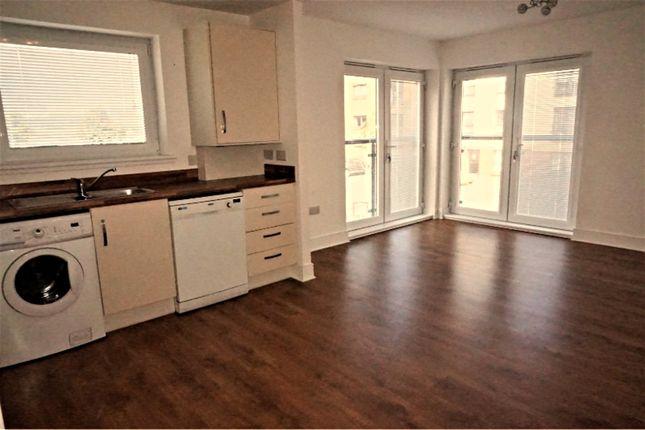 Thumbnail Flat for sale in 10 Fingal Road, Renfrew