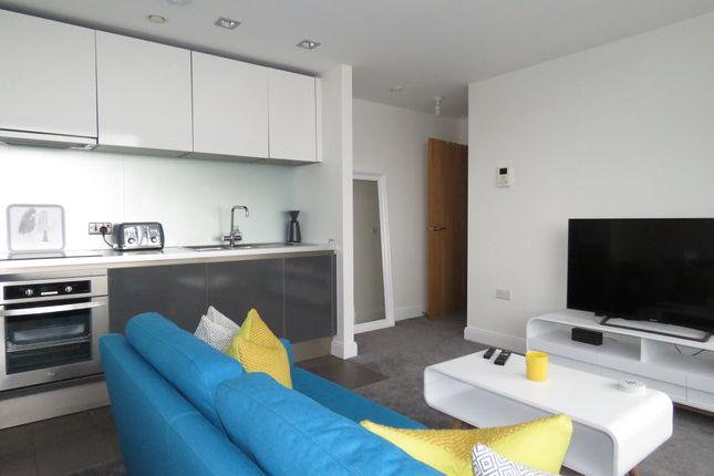 Living Room of Strand Street, Liverpool L1