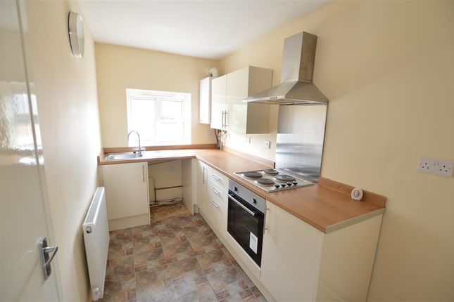 Thumbnail Flat to rent in Walsall Street, Wednesbury