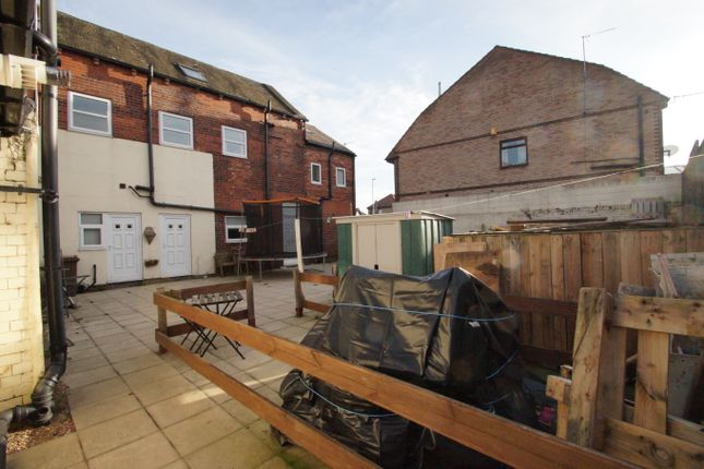Image: 19 of Cross Key Mews, Half Penny Lane, Pontefract, Yorkshire WF8