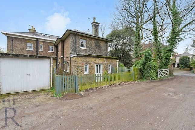 Thumbnail Property for sale in Highgate West Hill, London