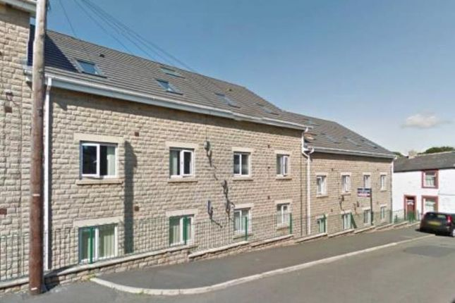 Thumbnail Flat to rent in 12 Imperial Court, Burnley