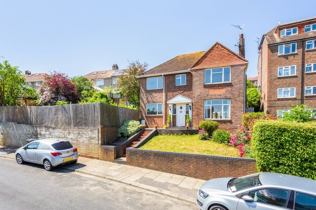 Thumbnail Detached house to rent in Goldstone Way, Hove
