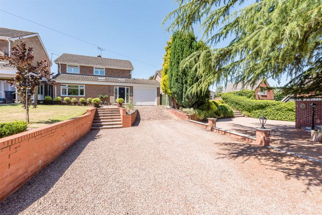 Thumbnail Detached house for sale in Cheltenham Drive, Kingswinford