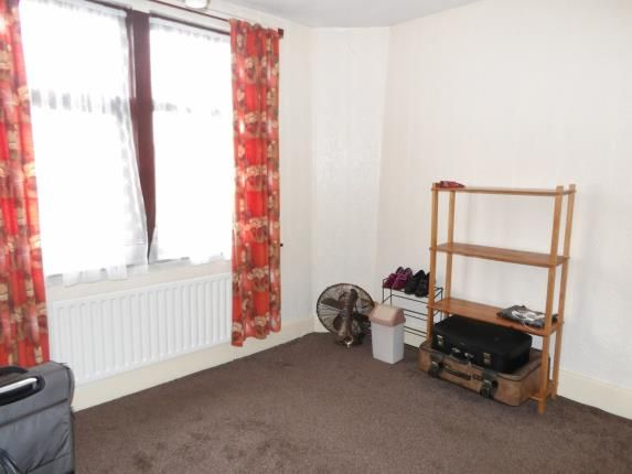 Nottingham road new basford nottingham ng7 3 bedroom for Bedroom zone nottingham