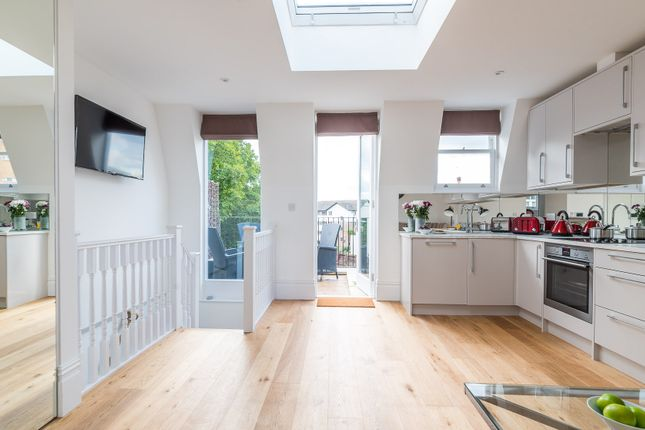 Thumbnail Duplex to rent in Harwood Road, London