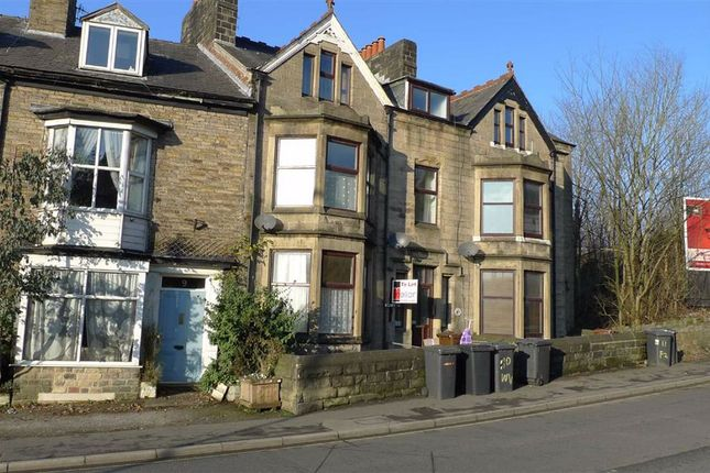 Thumbnail Flat to rent in Fairfield Road, Buxton, Derbyshire