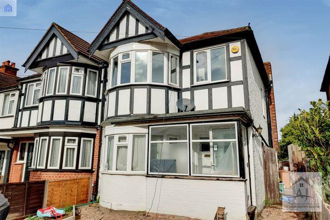 Picture No. 01 of Warden Avenue, Harrow, Middlesex HA2
