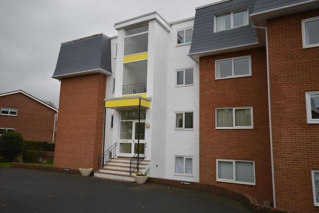 Thumbnail Flat to rent in Scarsdale, 28 Douglas Avenue, Exmouth, Devon