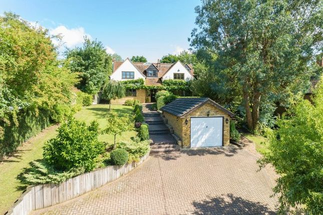 Thumbnail Detached house to rent in Kings Road, Chalfont St. Giles