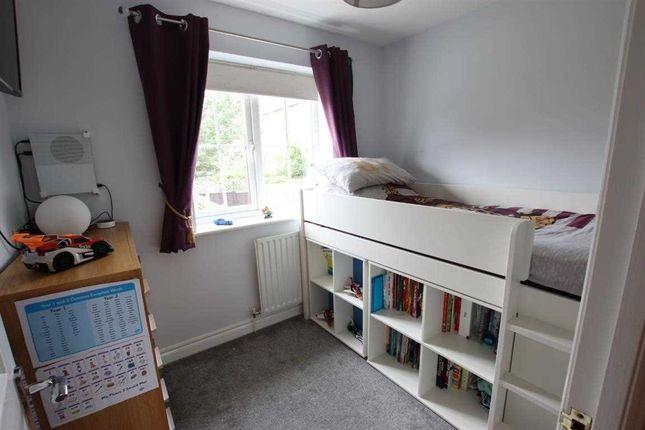 Bedroom 4 of Kensington Way, Leeds LS10