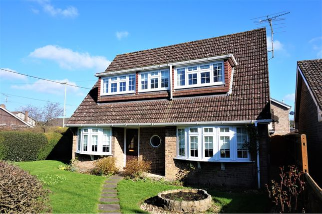 Thumbnail Detached house for sale in Heath End Road, Tadley