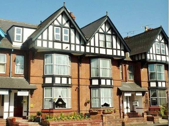 Thumbnail Hotel/guest house for sale in 40 Barbourne Road, Worcester