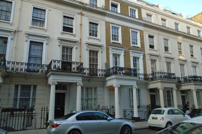 Flat to rent in Devonshire Terrace, Lancaster Gate