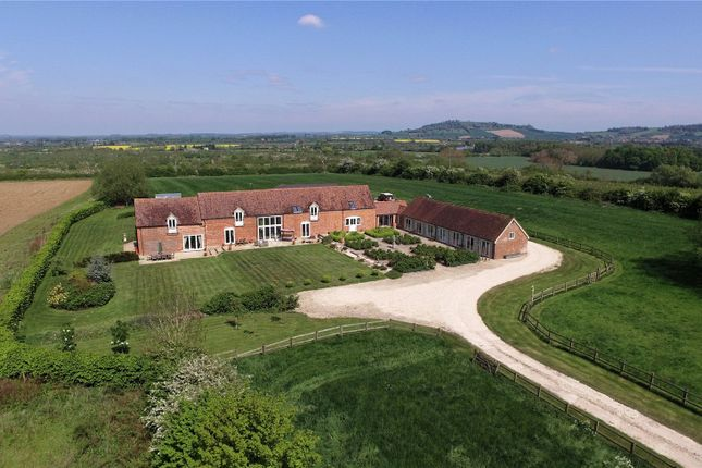 Thumbnail Barn conversion for sale in Mickleton Road, Honeybourne, Evesham, Worcestershire