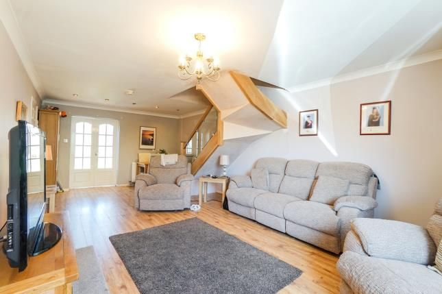 3 Bed Semi Detached House For Sale In Rangemoor Close Birchwood