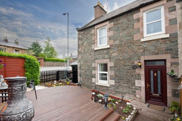 3 bedroom end terrace house for sale in Arnot Place, Earlston, Scottish Borders