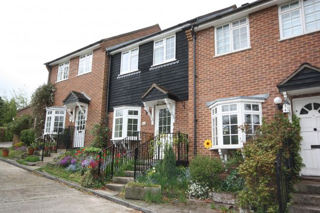Thumbnail Terraced house to rent in Silver Hill, Chalfont St. Giles, Buckinghamshire
