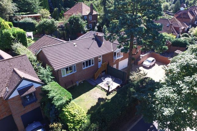 Thumbnail Detached house for sale in West Hill, Aspley Guise