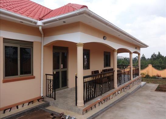 Nansana uganda 3 bedroom property for sale 33791403 for Cost of building a 3 bedroom house in uganda